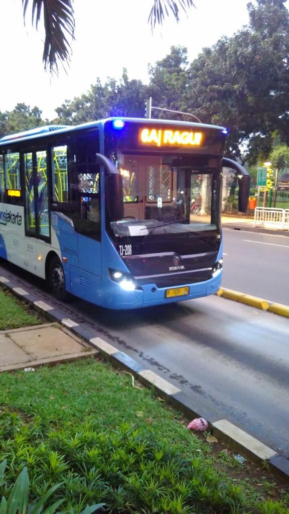 busway, transjakarta, scania bus